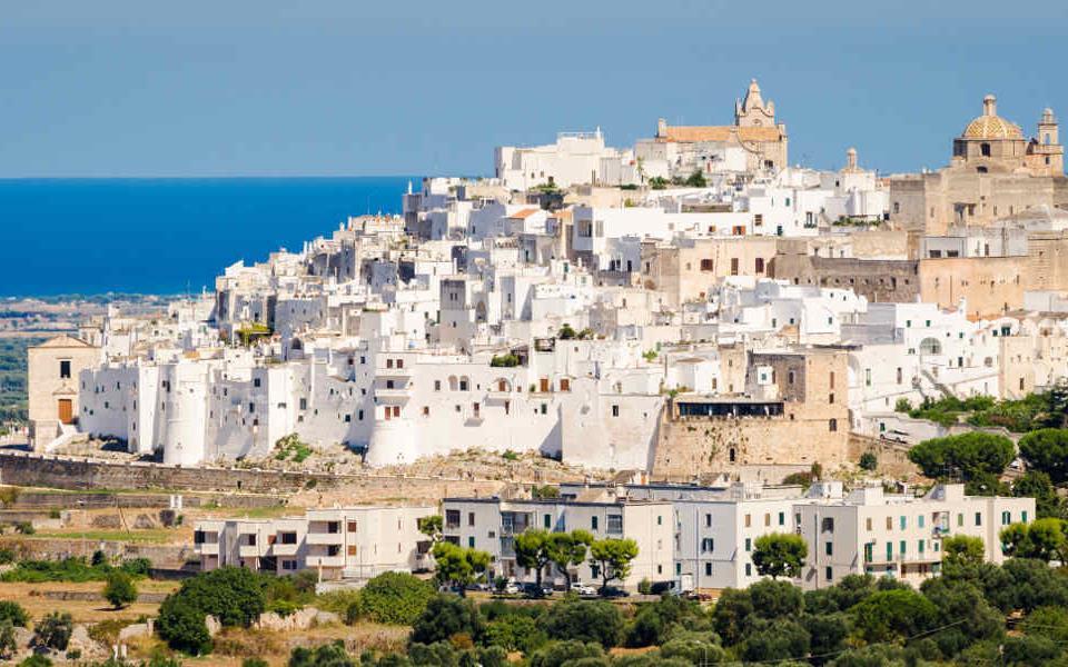 mare-Ostuni-Puglia-città-bianca.jpg