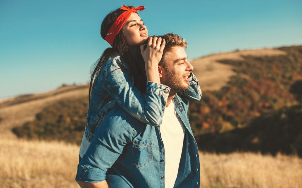 Viaggi-di-coppia-5-idee-per-un-weekend-romantico.jpg