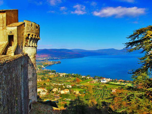 Il lago di Bracciano e i suoi borghi medievali